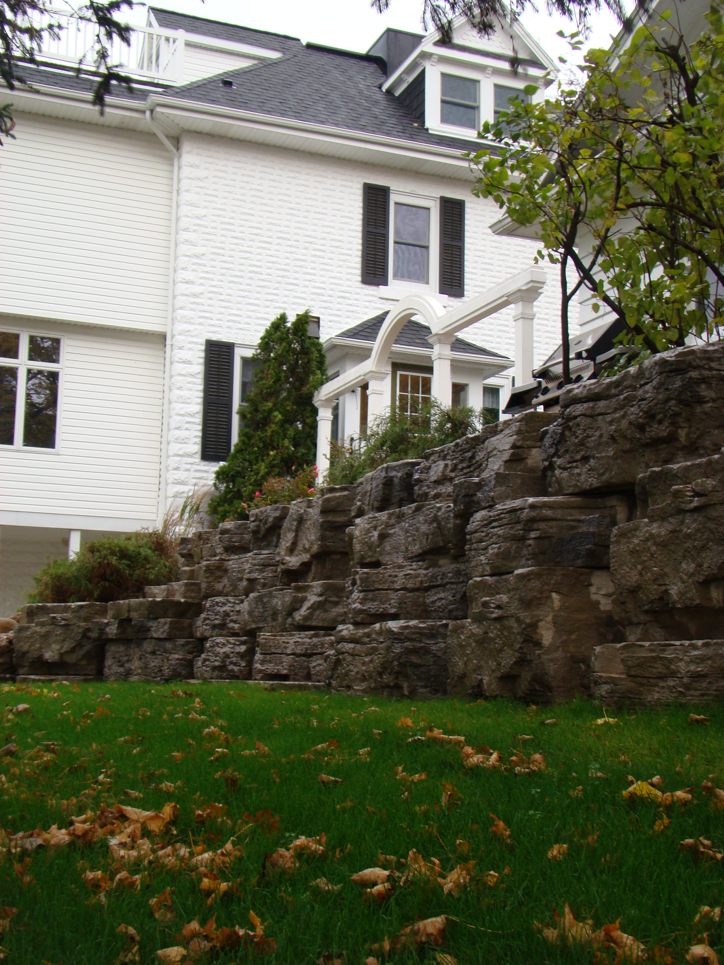 Natural stone work rural roots landscape and design for Landscape design ontario